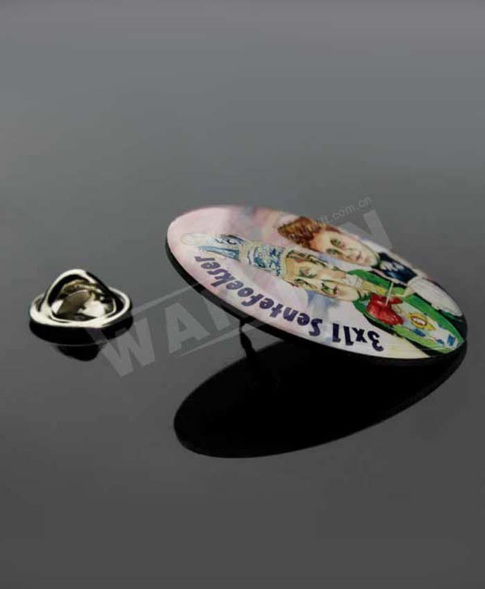 cheap round photo printing with epoxy badge wholesale