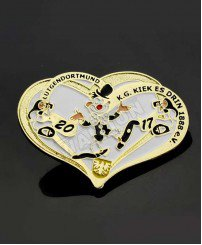 Gold-plated heart-shaped soft enamel paint badge gifts