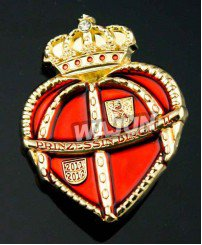 Heart shape crown soft enamel badge