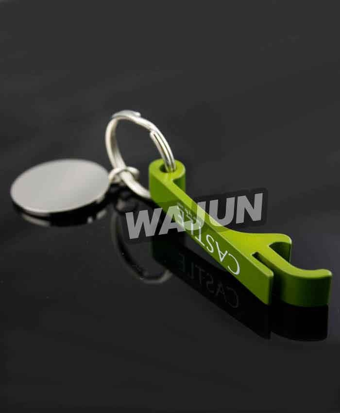 Cheap zinc alloy spray bottle opener with keychain