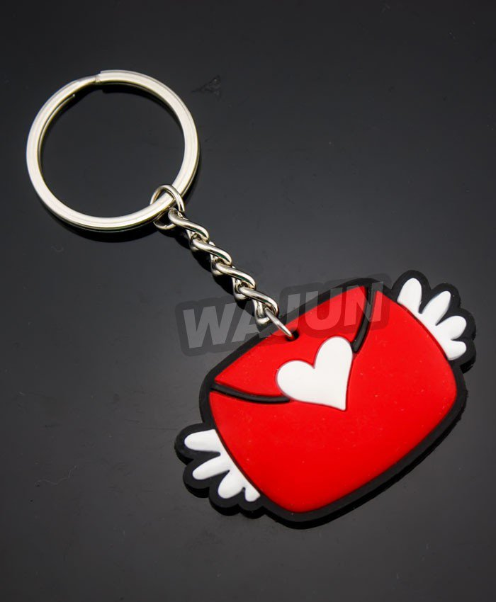 Love heart shaped envelopes passed love red custom design pvc keychain wholesale